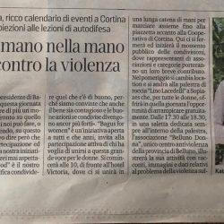 Bagus_donne_in corteo_mano_nella_mano_20_associazioni_contro_la violenza